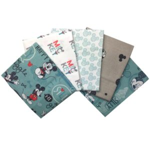 Mickey Mouse - Fat Quarters (2251)